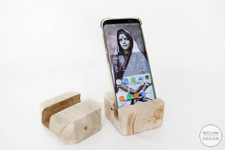Sustainable Smartphone Stand Made From Reclaimed Wood | Reclaim Design