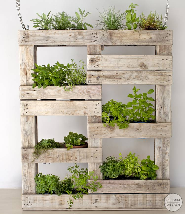 Sustainable vertical garden made from reclaimed wood | Reclaim Design